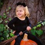 Zauberkuerbis - Kleine Kinder Halloween Hexe